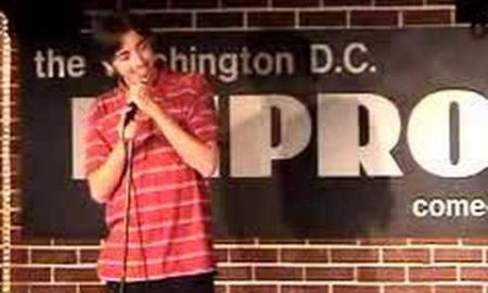 Comedian Hits on Hecklers Girlfriend